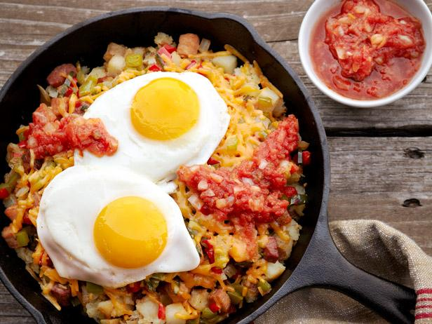 The Eggbert's Sunriser Breakfast or brunch served in one skillet ...