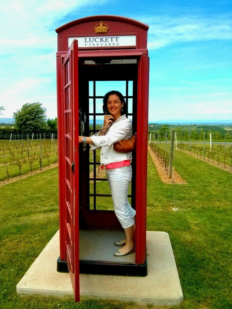 Luckett Vineyard phone booth
