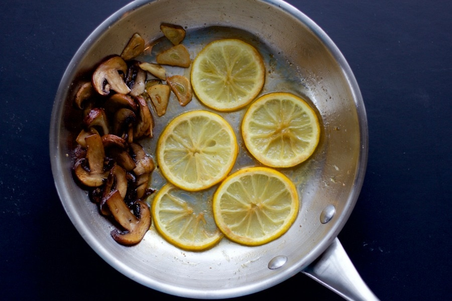 mushroom, garlic, lemon slices